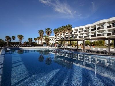 236 swimming pool 16 hotel barcelo cabo de gata37 141457