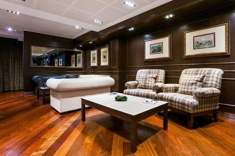 hotel colonial barcelona 4 barcelone espagne avec. Black Bedroom Furniture Sets. Home Design Ideas