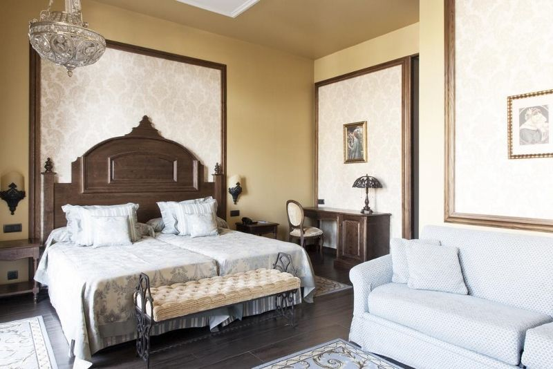 Espagne - Costa Dorada - Port Aventura Park - Salou - Port Aventura Mansion de Lucy 5*