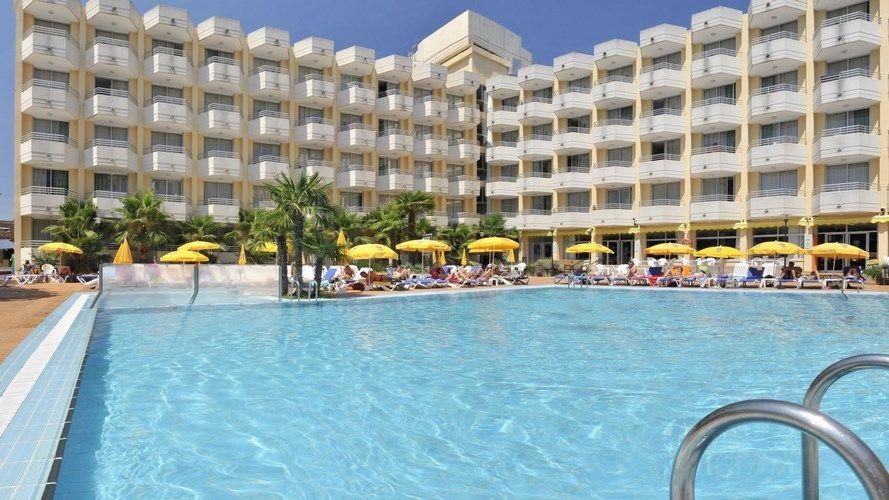 hotel ght oasis tossa 4 tossa de mar costa brava espagne avec voyages leclerc boomerang. Black Bedroom Furniture Sets. Home Design Ideas