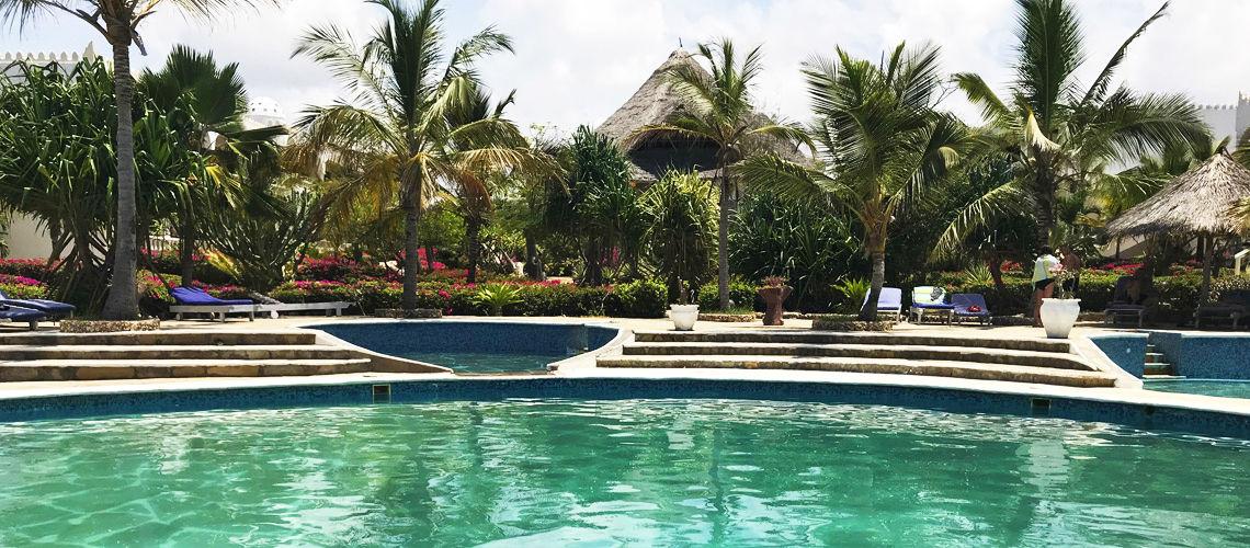 Safaris Tsavo West , Amboseli et Tsavo East et Séjour au Jumbo Watamu Resort 4* nl