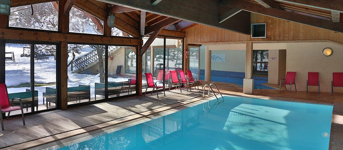 piscine club coralia morzine