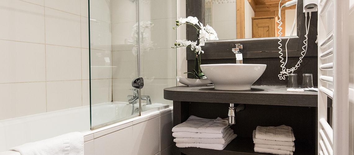 salle de bain club coralia morzine