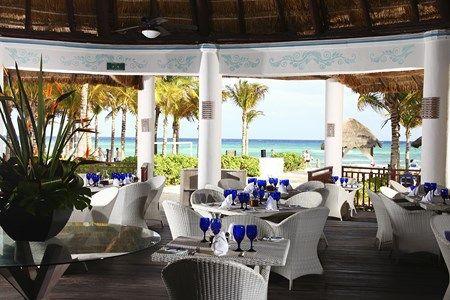 Sandos_Caracol_Riviera_Restaurant
