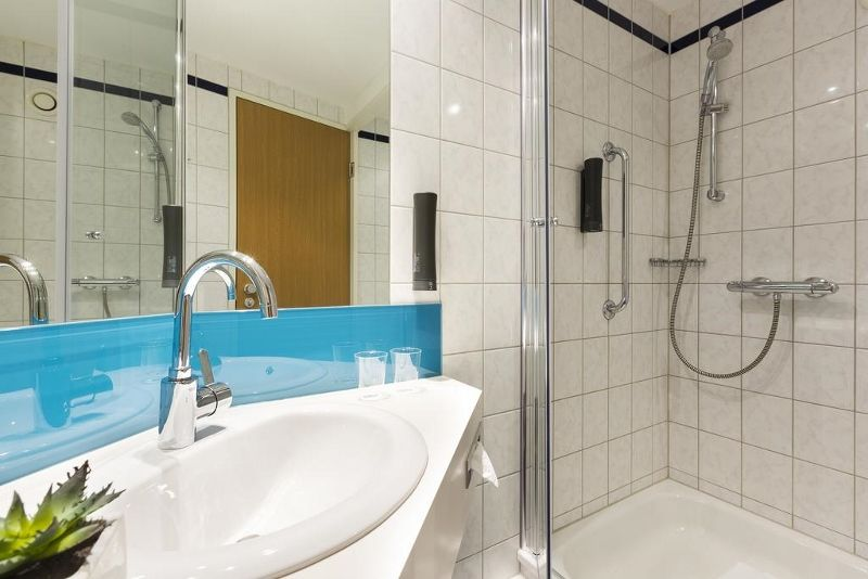 Photo n° 9 Holiday Inn Express Berlin City 3* « sans transfert »