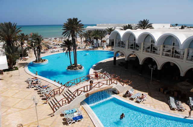 TNSDNAR-club-marmara-narjess-tunisie