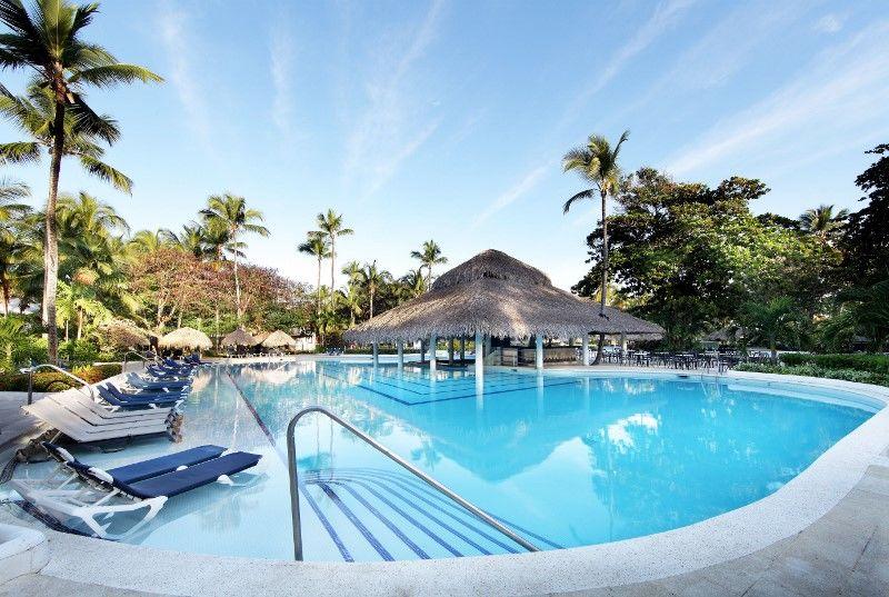 Grand Palladium Bavaro Suites Resort  Spa - Piscina Boca Chica 3