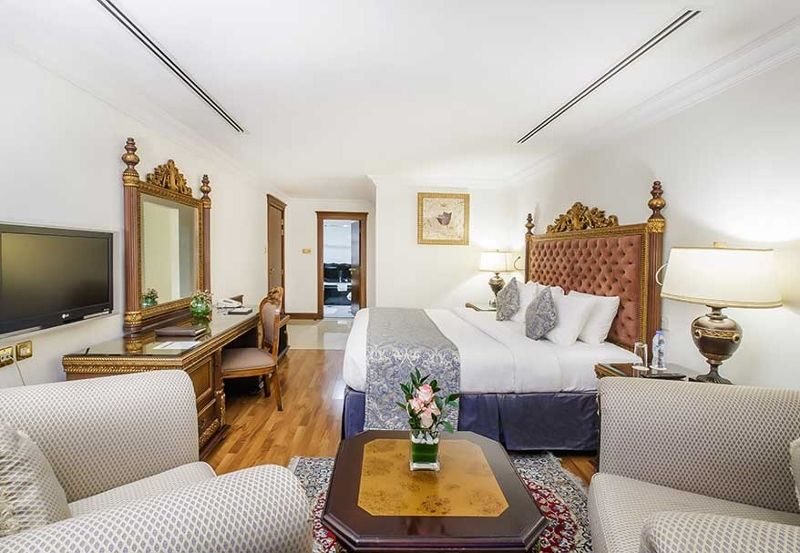 Executive-One-Bedroom-Suite2