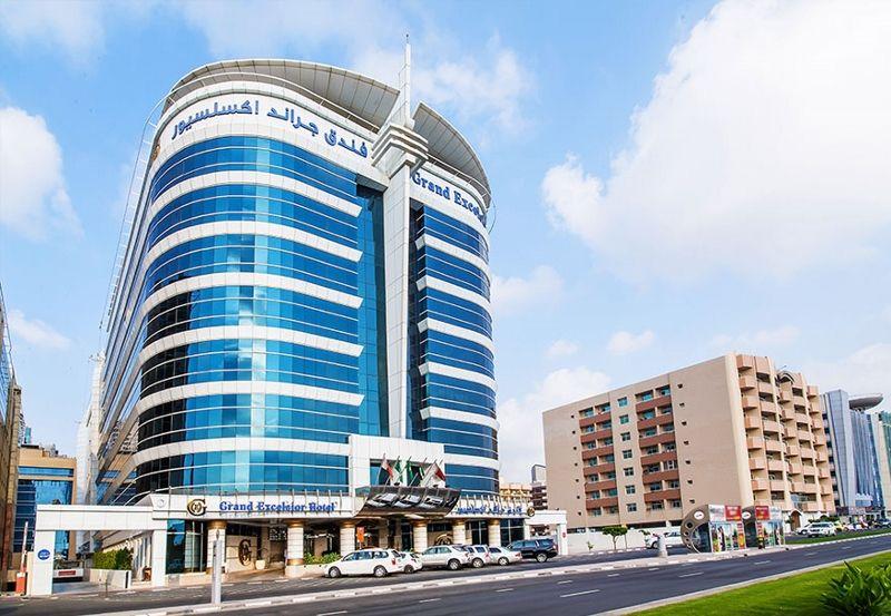 grand excelsior hôtel al barsha 4*