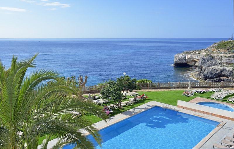 Alua Calas De Mallorca 4 *