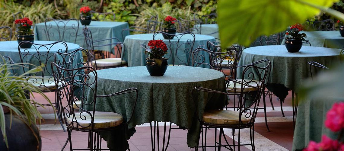 terrasse1 kappa city rome giulio cesare