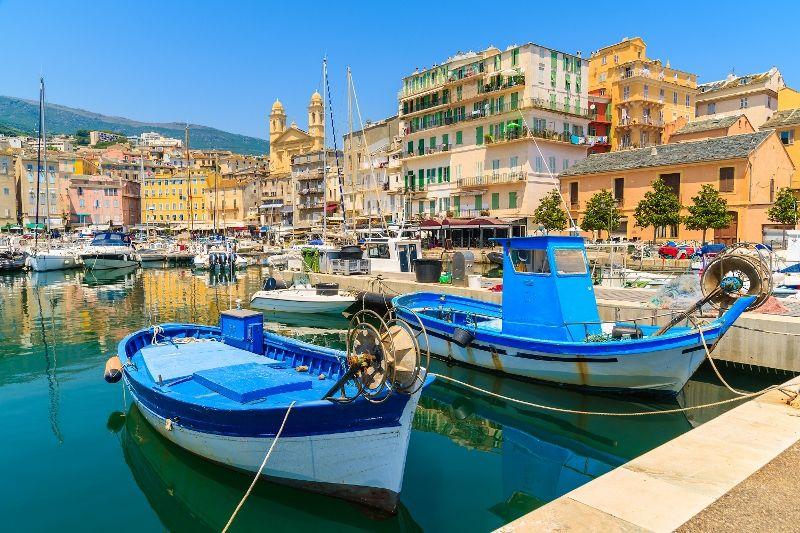 La Corse au Complet