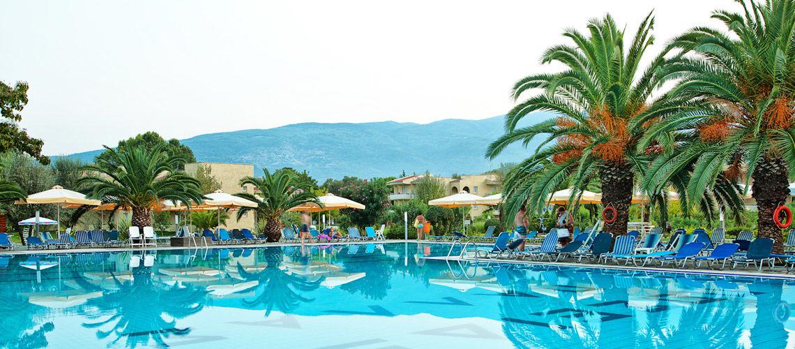 14_piscine_club_coralia_poseidon_palace