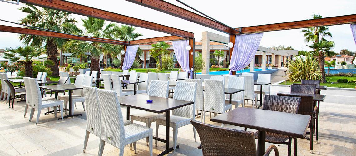 9_restaurant_club_coralia_poseidon_palace