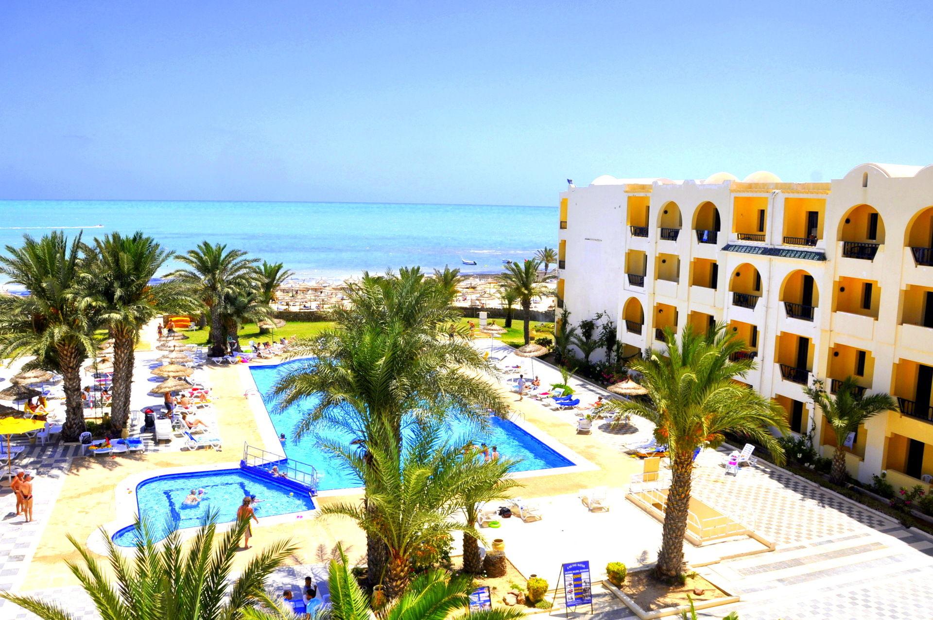 Hôtel club diana beach 3*