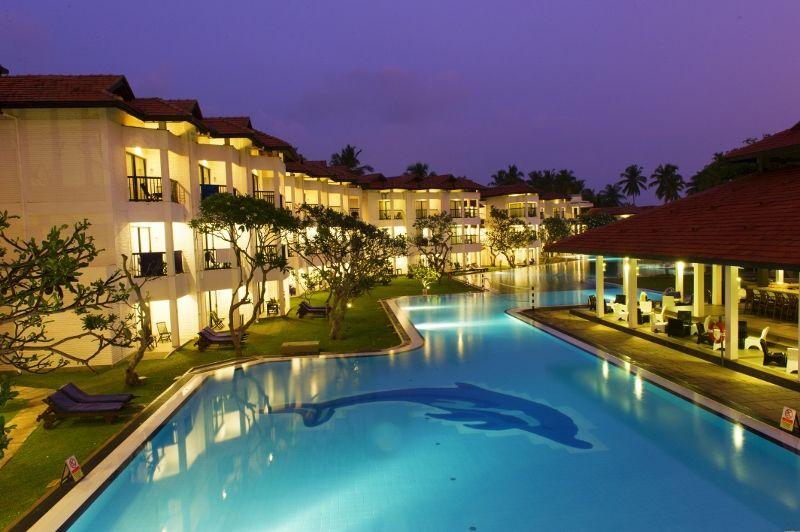 Club hôtel dolphin 4*