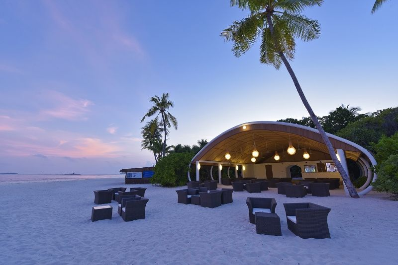 DL-HRES-Dreamland Beach Bar 02