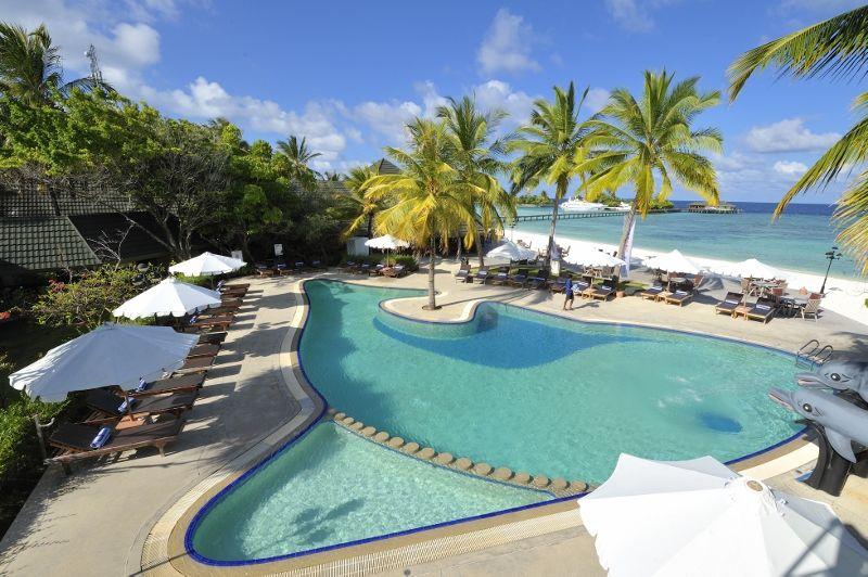 Paradise Island Swimming Pool 04