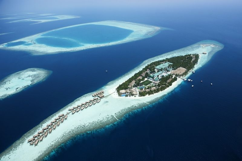 Vilamendhoo Island Resort & Spa 4 *