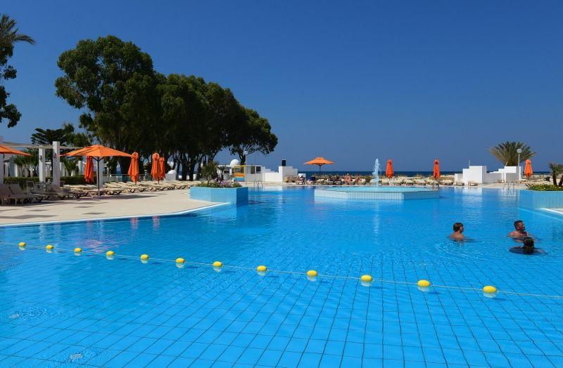 One Aqua Park 103 (800x524)