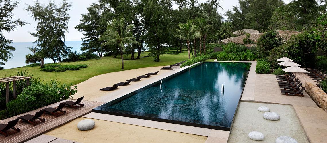 Renaissance phuket resort spa 5 for Renaissance piscine