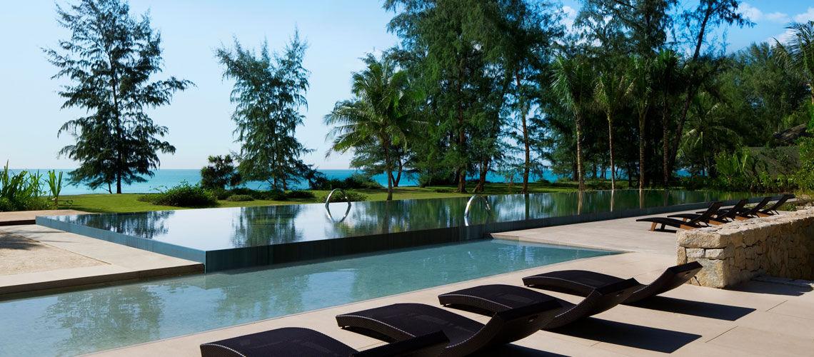 Hotel renaissance phuket resort spa 5 phuket for Renaissance piscine