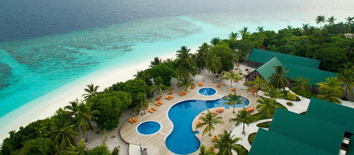 Hôtel furaveri island resort et spa 5*
