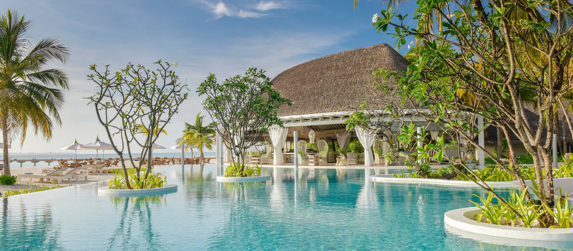 Kanuhura 5 voyage maldives s jour mal for Club piscine plus cppq laval