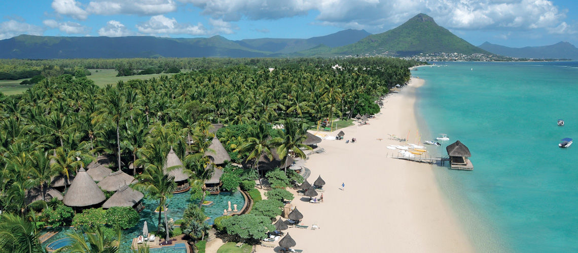 La Pirogue Resort & Spa 4*