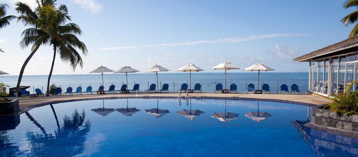 Hotel coco de mer et black parrot 4 seychelles avec for Piscine 05 juillet