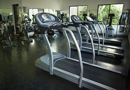 gym at viva wyndham dominicus palace_8937383599_o