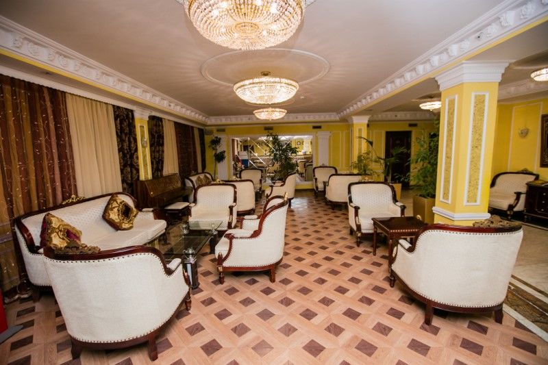 Russie - Moscou - Saint Petersbourg - Combiné privatif Moscou- St Petersbourg : Hôtel Mandarin 4* & The Faces Historical Centre 4*