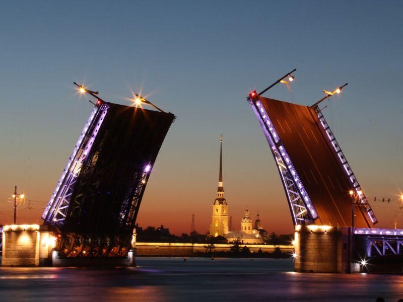 Russie - Saint Petersbourg - Circuit Saint-Petersbourg Au Complet