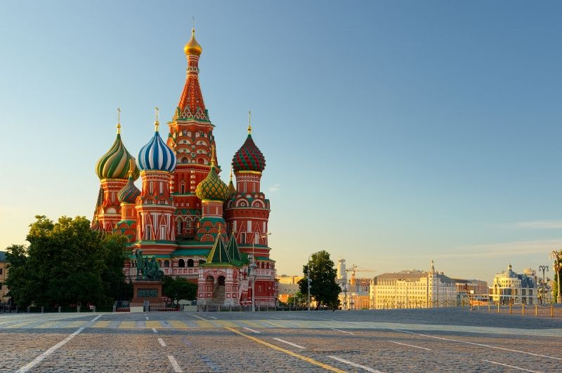 Red square (800x532)