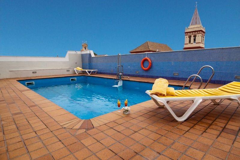 Hotel Seville Avec Piscine Interieure