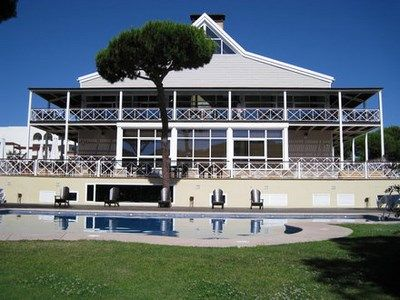 Hôtel Nuevo Portil Golf 4* avec Location de Voiture