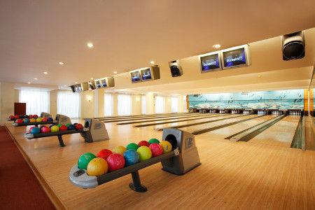 58._Bowling