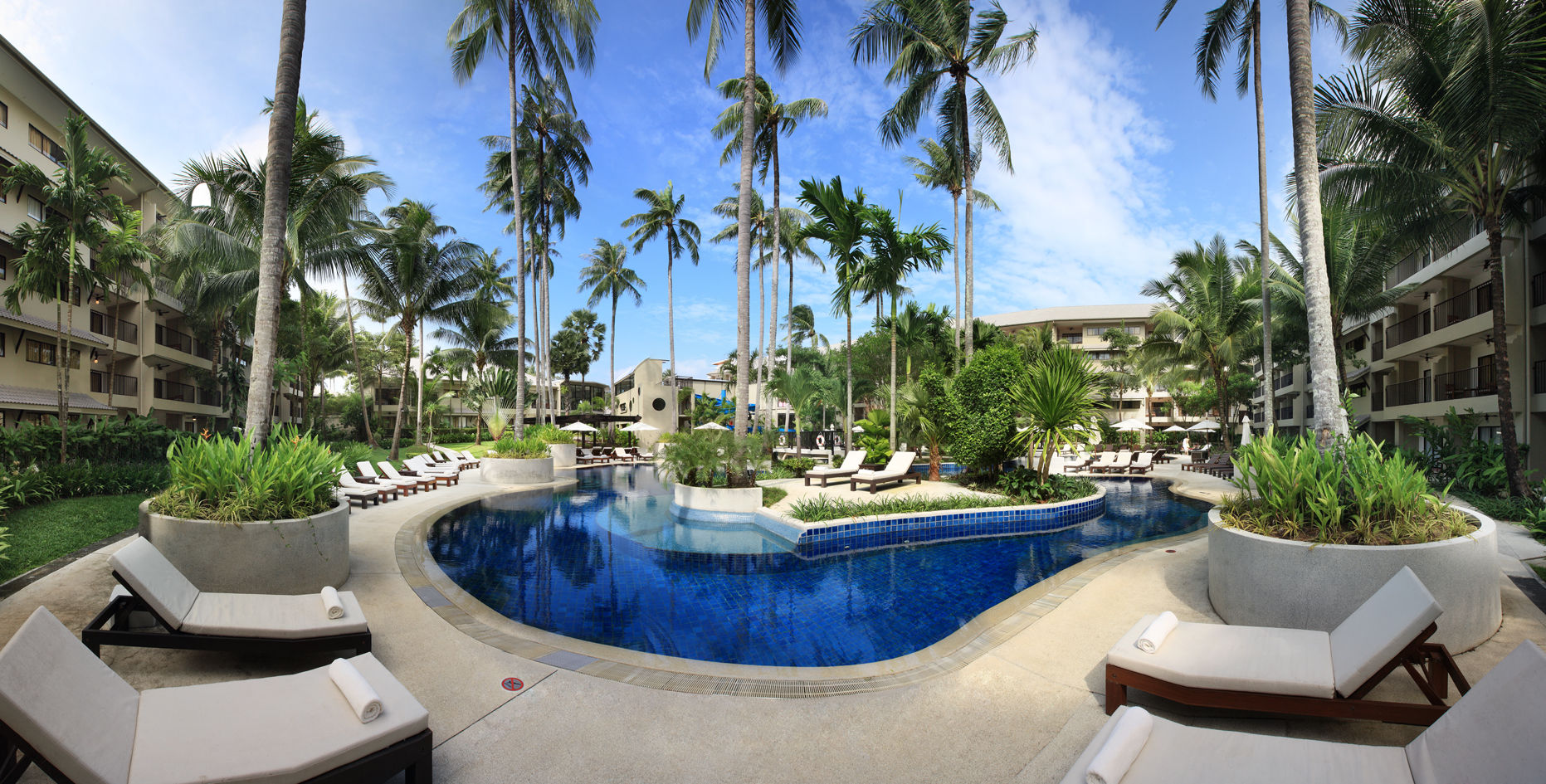 Séjour Thaïlande - Novotel Phuket Surin Beach Resort (ex Double Tree by Hilton)