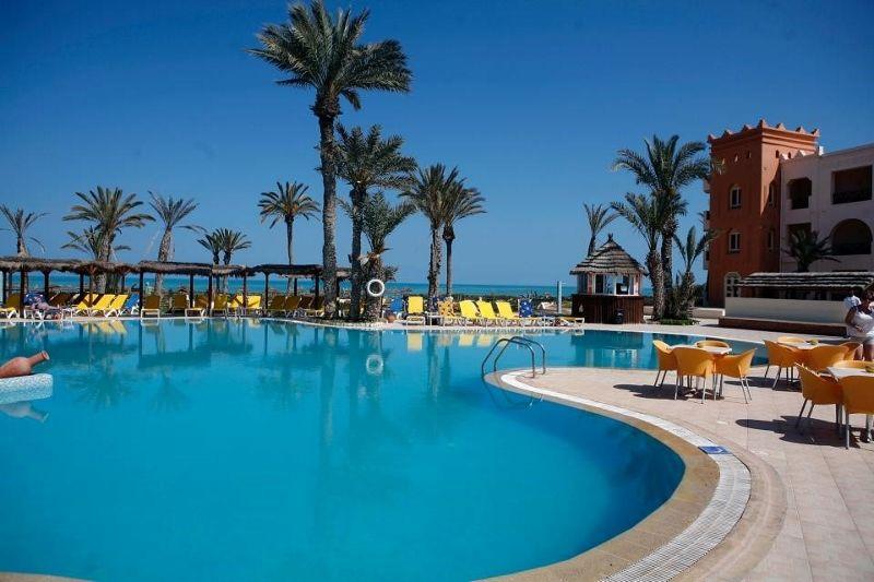piscine et plage 3