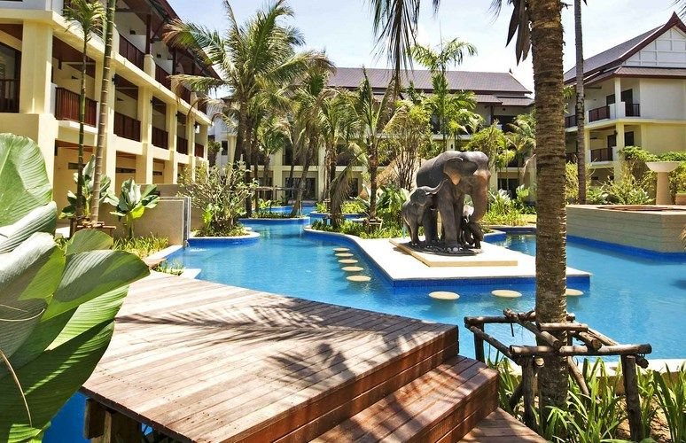 Apsara Beachfront Resort & Villas 4*
