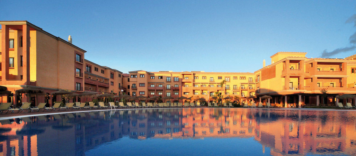Kappa club barcelo andalucia 4 punta umbr a andalousie for Barcelo paris hotels