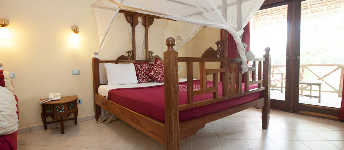 hotel uroa bay beach resort 4 zanzibar tanzanie zanzibar avec voyages leclerc boomerang. Black Bedroom Furniture Sets. Home Design Ideas