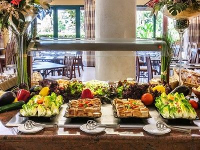 108 gastronomy hotel barcelo punta umbria mar 622 111195
