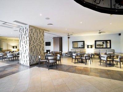 108 inside hall hotel barcelo punta umbria mar22 105402