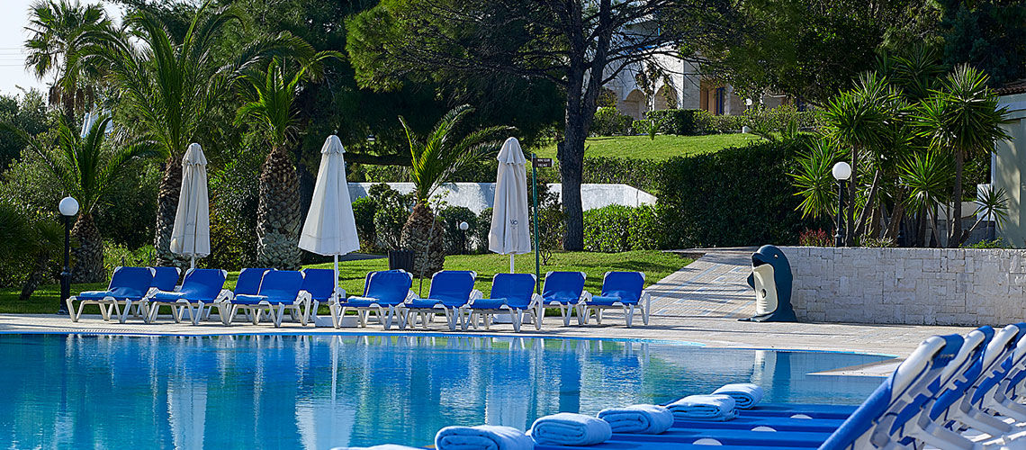 piscine club coralia amilia mare beach resort