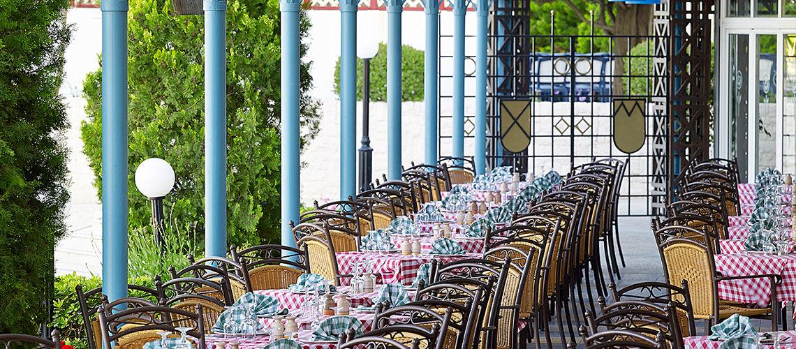 restaurant club coralia amilia mare beach resort