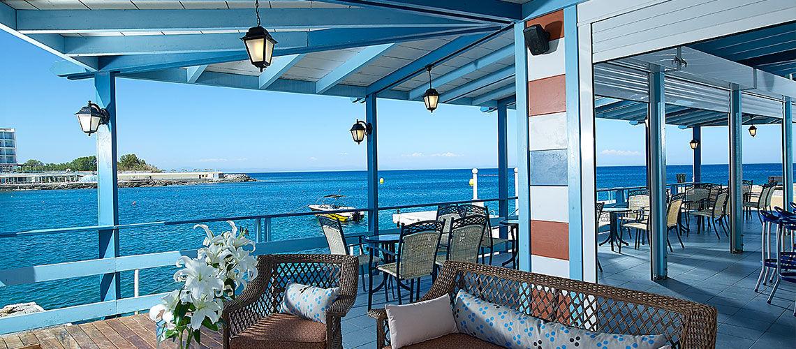 terrasse club coralia amilia mare beach resort
