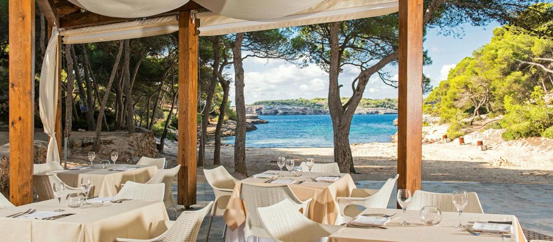 restaurant crique club coralia cala barca