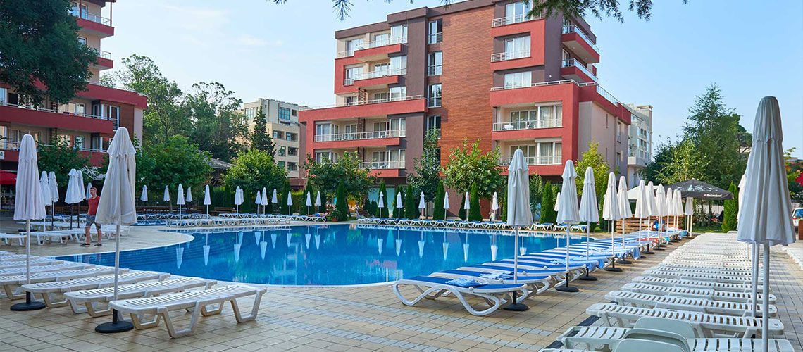 piscine club coralia zorinca residence